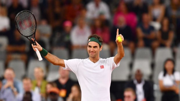 """Roger Federer operato al ginocchio. Il primario D'Anchise: """"Se è un problema di cartilagini le prospettive non sono buone"""""""