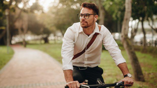 """In bicicletta senza dolori, i consigli dell'ortopedico: """"Attenti alle ginocchia..."""""""