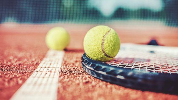 """Fase 2, running e ciclismo ma non solo. Il medico dello sport: """"Il tennis potrebbe ripartire subito. Calcio e calcetto invece..."""""""
