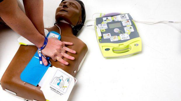 Uso del defibrillatore