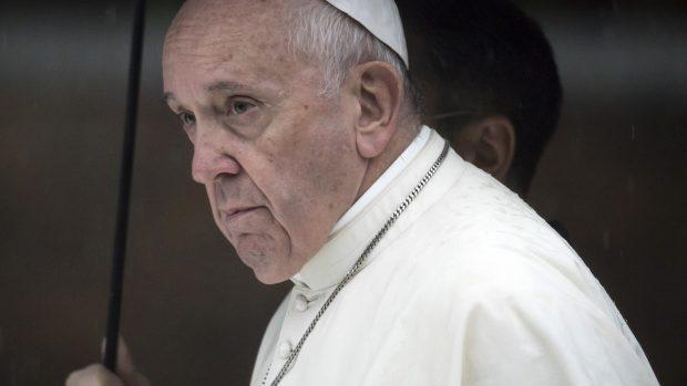 Stenosi diverticolare del colon malattia Papa Francesco