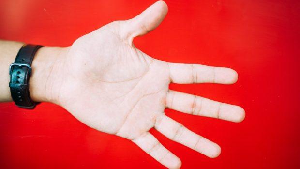 Disidrosi mani e piedi sintomi e rimedi