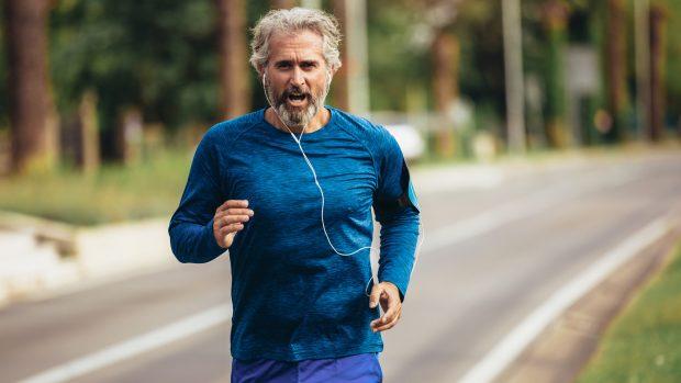 Fare sport dopo i 50 anni: ecco i controlli da fare per non correre rischi